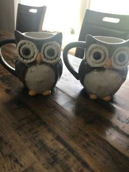 Owls! Adorable wide-eyed owl coffee mugs. Set of 2. Coffee c