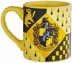 Silver Buffalo HP7432 Harry Potter Hufflepuff House Crest Ce