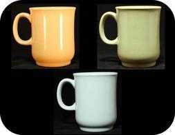 Vintage Z-moments Coffee Tea Mugs Cups Melamine Melmac 8 oz